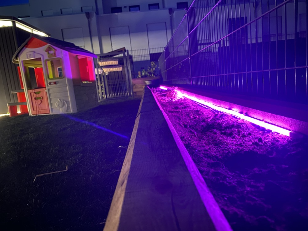 Hueblog: Show your Hue: My LightStrip in the raised bed
