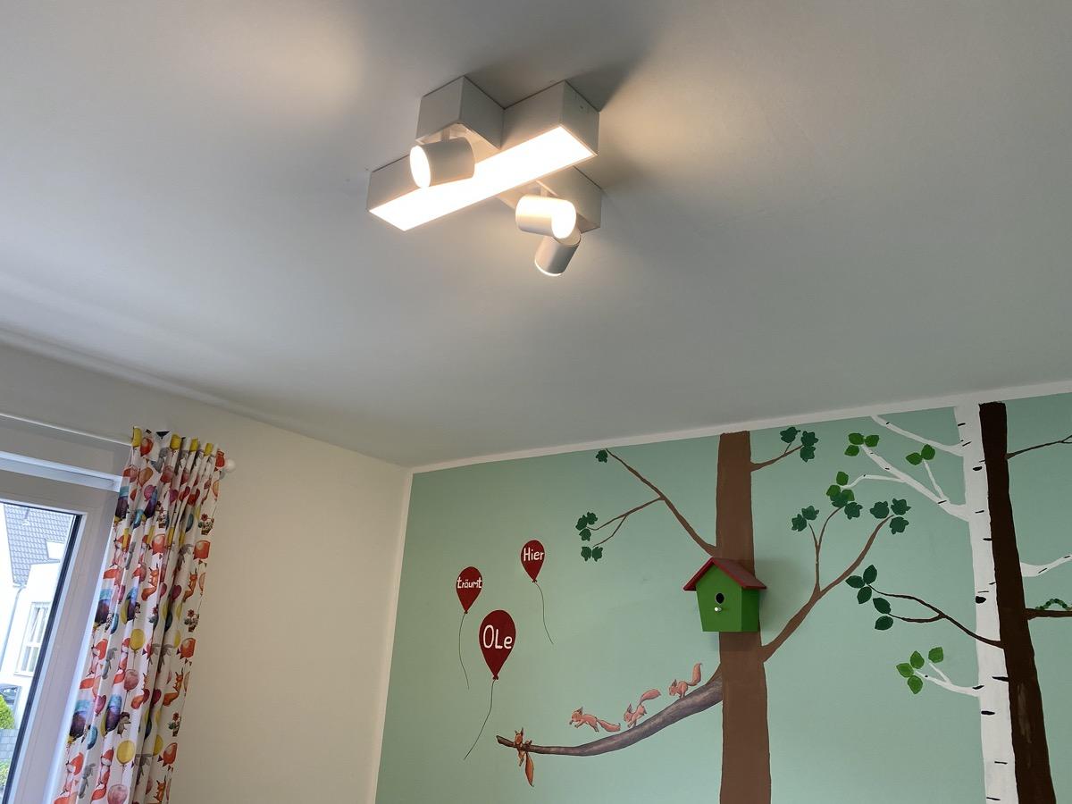 Hueblog: My review of the Philips Hue Centris ceiling spotlight
