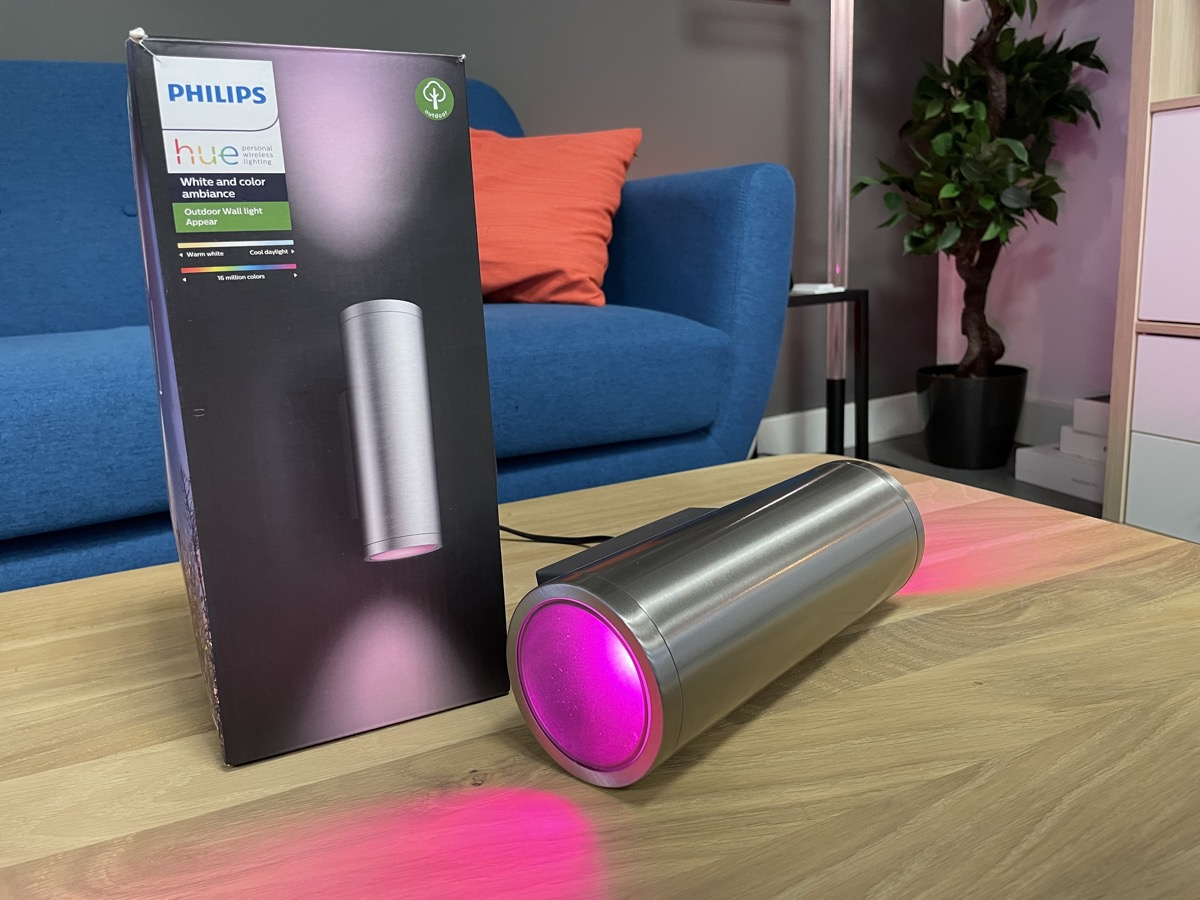 Hueblog: Philips Hue should equip every wall light with this mechanism