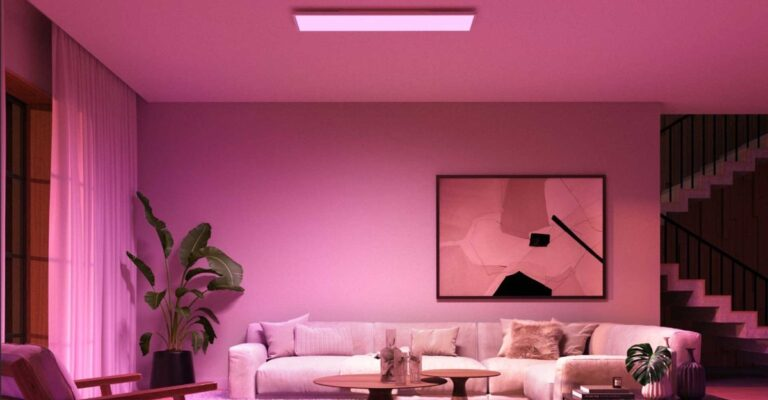 Hueblog: This is how easy it is to mount the new Philips Hue Surimu on the ceiling