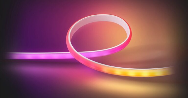 Hueblog: How the new Ambiance Gradient Light Strip is placed in the entertainment area